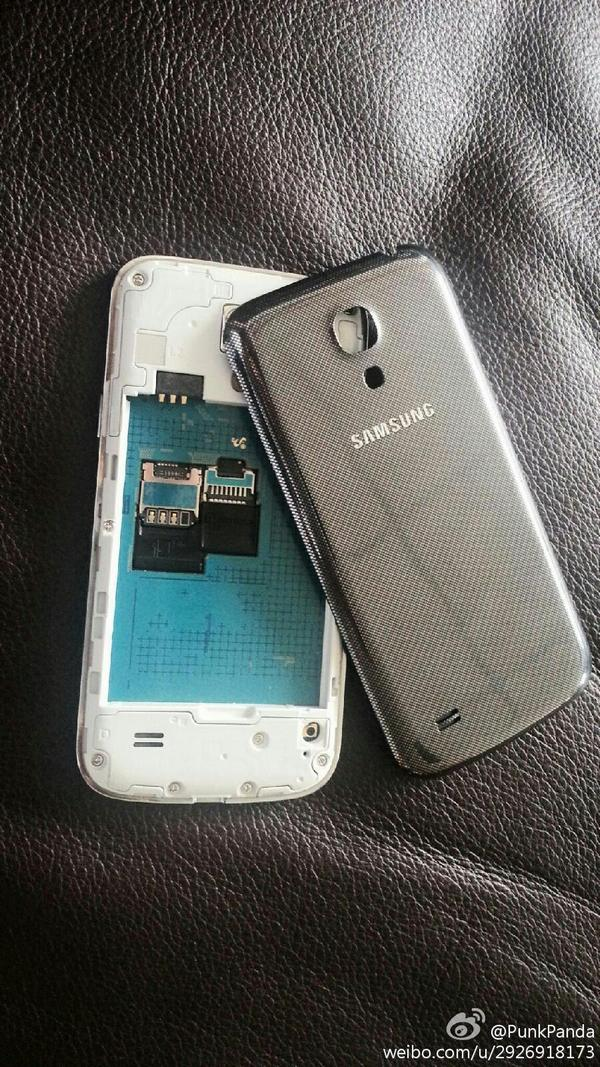 Samsung Galaxy S4 Mini - фото и возможные характеристики
