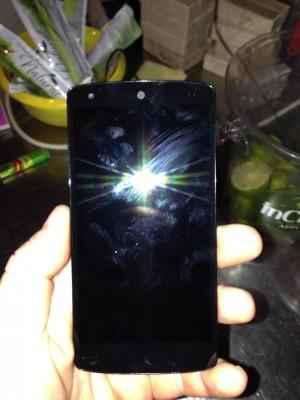Google Nexus 5: первые видео и шпионские фото