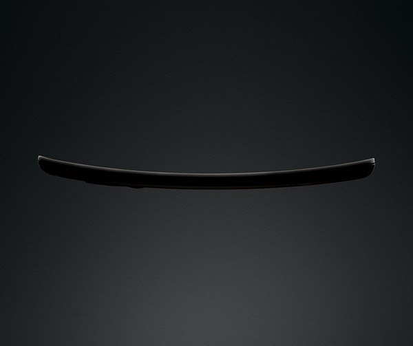 Фото смартфона LG G Flex с изогнутым 6-дюймовым экраном