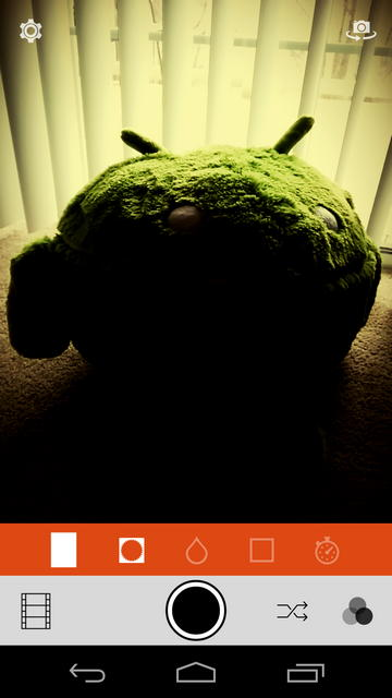 Обзор Retrica для Android: популярное фото-приложение уже можно бесплатно скачать в Google Play