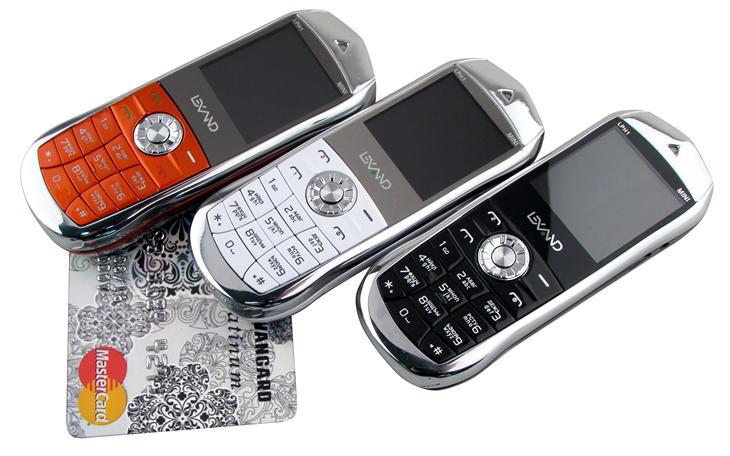 Первый в России нано-телефон