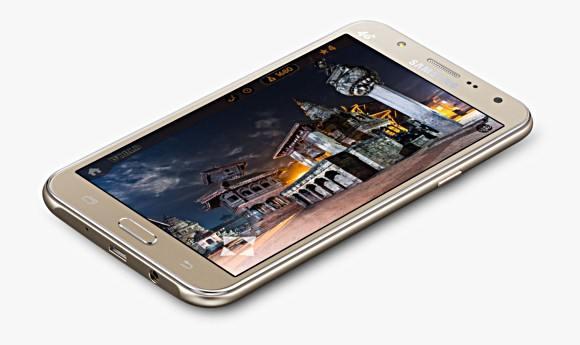 Samsung Galaxy J7 и J5 с фронтальной вспышкой