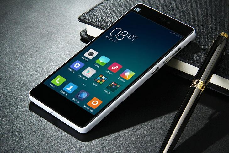 Xiaomi Mi4i  в интерьере